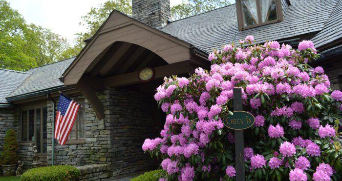 The Most Scenic North Carolina Mountain Restaurant: The Restaurant at Gideon Ridge