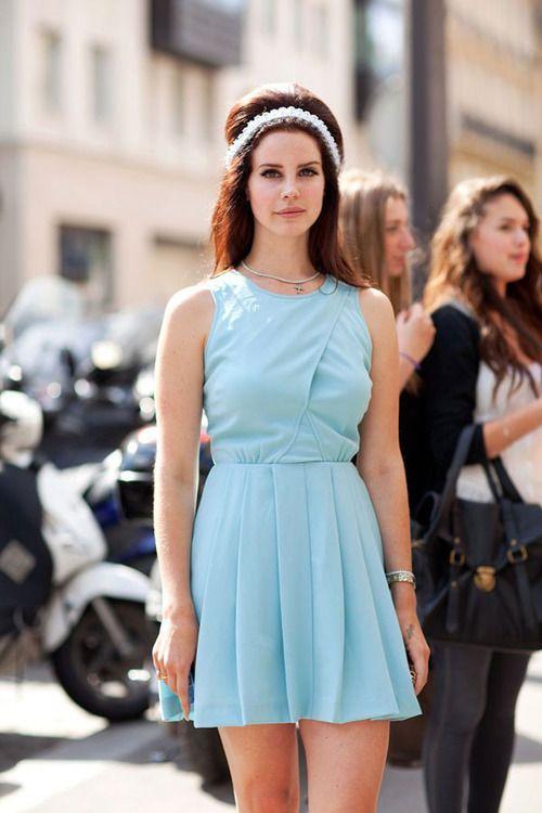 Lana del Rey Lana del Rey: Blue Velvet, Lanadelrey, Baby Blue, Girls Crushes, Lana Del Rey, Hair Tutorials, Straight Hair, Street Style, Style Icons