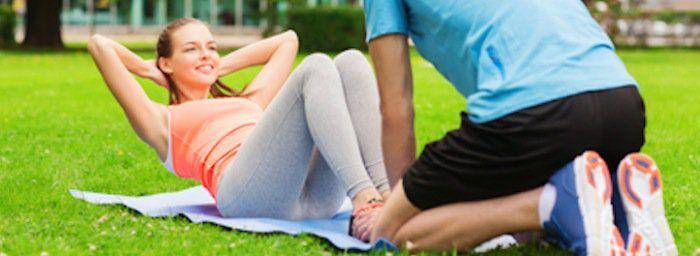 Mannen willen een sixpack, vrouwen zijn vaak al tevreden met een platte/strakke buik. In dit artikel heb ik drie buikspieroefeningen geselecteerd om een strakke buik mee te realiseren. Heb je het idee dat het niet mogelijk is om op eenvoudige wijze een strakke buik te krijgen? In dit artikel laat ik zien wat het geheim …