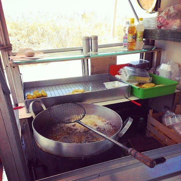 """Street Food siciliano: Panelle e crocchè """"on the road"""" of Castellammare del golfo - Luglio 2013"""