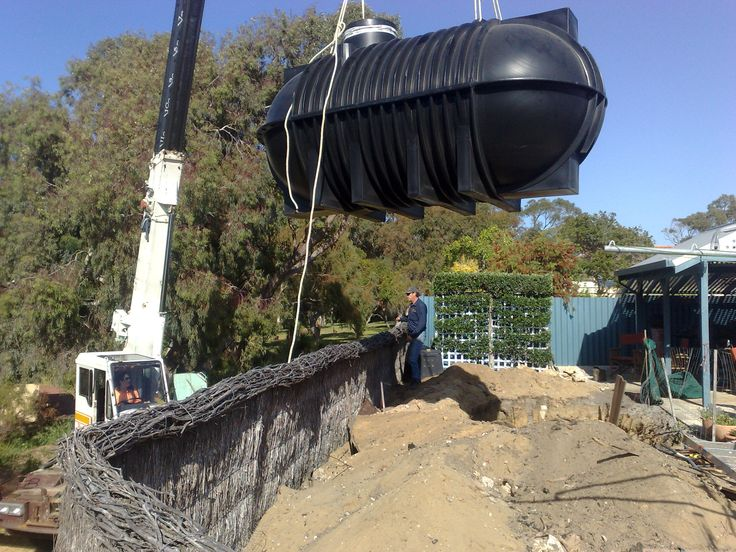 Underground tank getting ready to be positioned