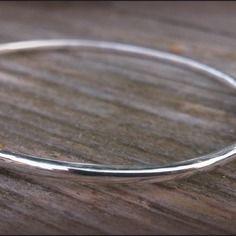Bracelet jonc fil rond en argent et or