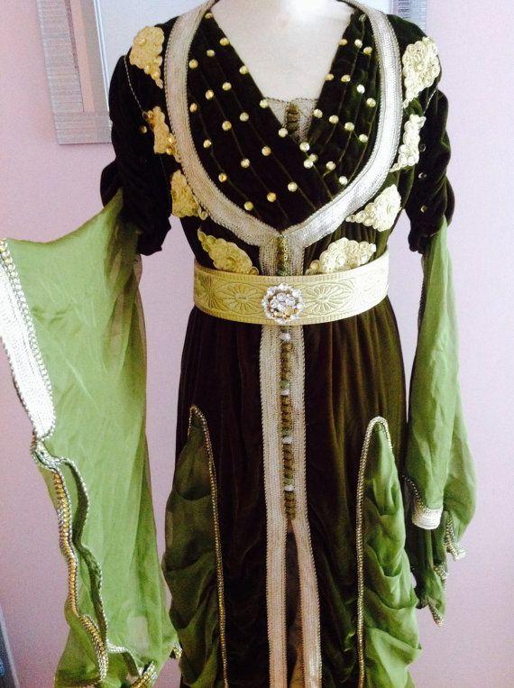 Caftan Marocain Robe Mariage verte et Or  3 par Sheherazadesign