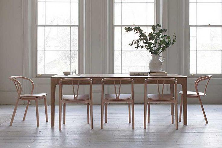Shaker-Möbel sind leicht und natürlich. Wir erklären, woher der Stil kommt und mit welchen Möbeln wir den Look der amerikanischen Shaker nachstylen.