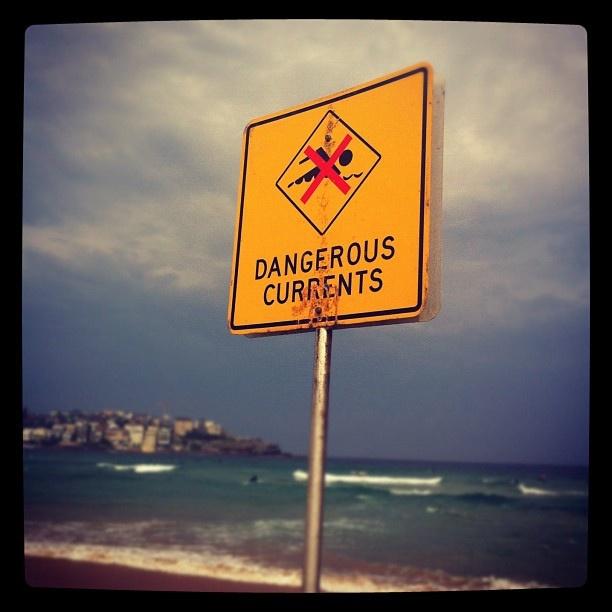 Dangerous Currents at #bondi #beach #sydney