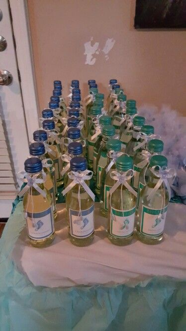 Barefoot Wine favors