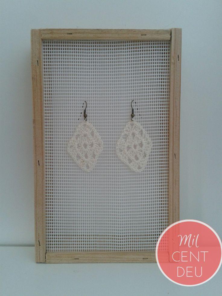 pendientes blanco crudo crochet .jpg