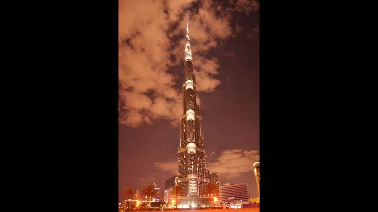 A short time lapse video I filmed of the tallest tower in the world- the Burj Khalifa in Dubai, UAE.