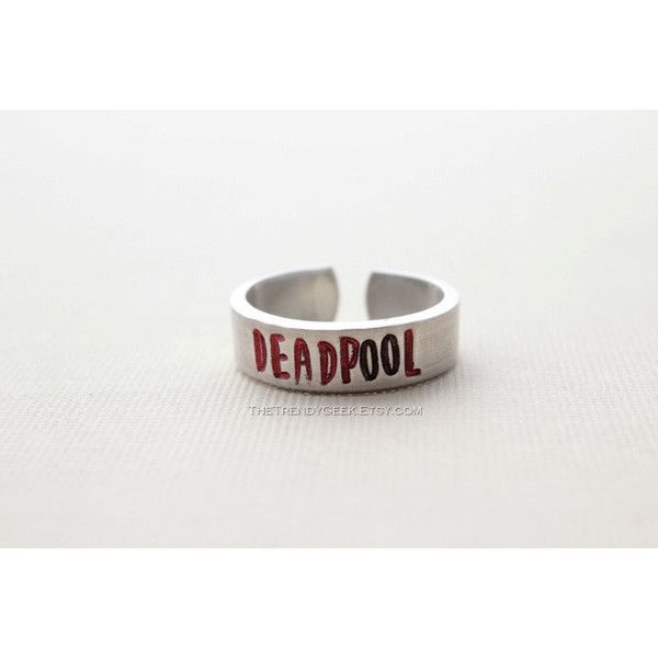Deadpool Hand gestempelt verstellbare Aluminium-Ring ($10) ❤ liked on Polyvore featuring jewelry and rings