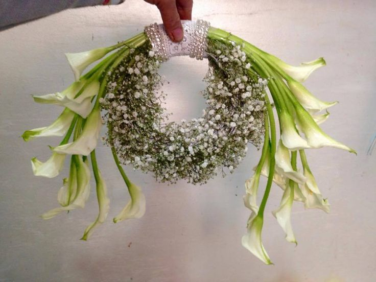 Artist Florist Roberto Villeno, residing in the United Arab Emirates