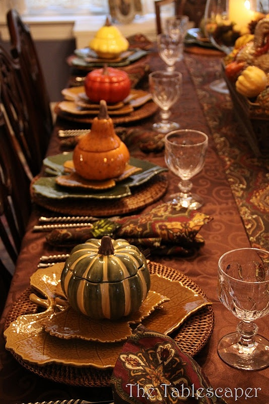 leaf thanksgiving table