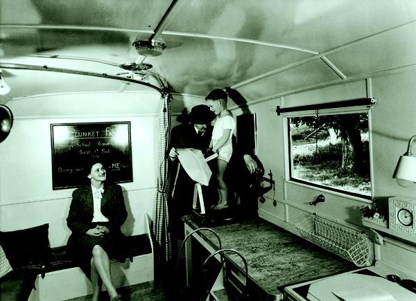 Auckland Plunket mobile unit, 1940's