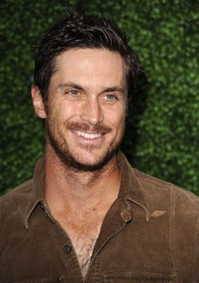 Oliver Hudson... Rules of Engagement wouldn't be the same without you in it!  :)