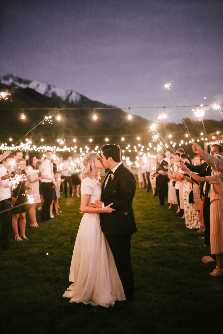 A night sealed with a kiss. | Bailey & AJ | Rachael Ellen Events