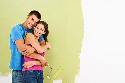 Stěny nemusíte mít nutně jednobarevné. Jak je ozvláštnit?