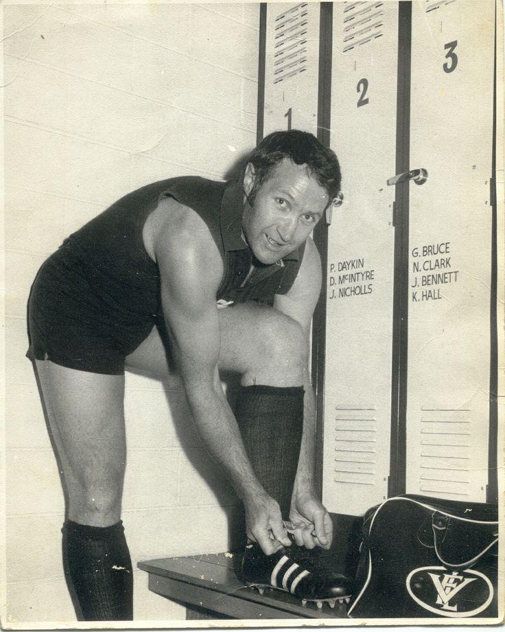 Carlton, John Nicholls: 1957 - 1974. 328 games, 307 goals.