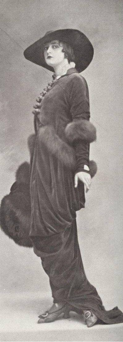 Robe d'après midi par Lucile, 1913.
