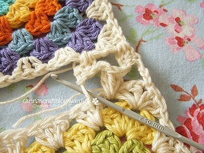 Different ways to join granny squares.