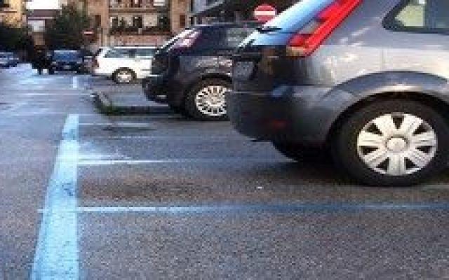 Hai sforato orario sulle strisce blu: nessuna multa! #ministro #lupi #multe #strisce #blu