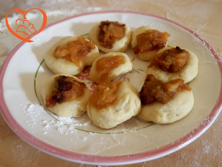 Chicche alle mele http://www.cuocaperpassione.it/ricetta/65291f4c-9f72-6375-b10c-ff0000780917/Chicche_alle_mele