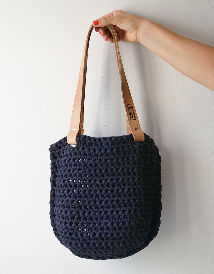 Horgolt női táska (kompakt) | Termosz.com