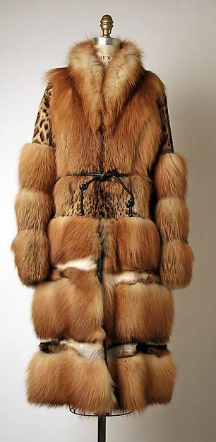 Gucci (Italian, founded 1921). Coat, fall/winter 1999–2000. The Metropolitan Museum of Art, New York. Gift of Thomas L. Kempner, 2006 (2006.420.79a–c)