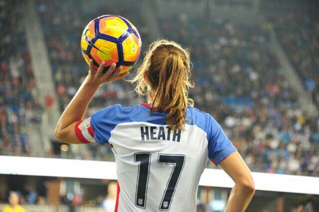 Tobin Heath 11.10.16