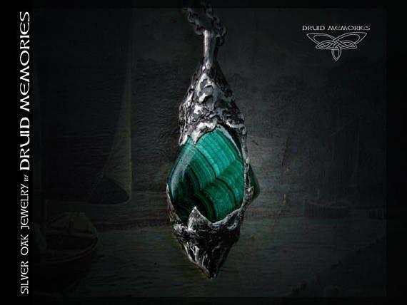 Malachite pendant Uburoa Tai druids jewelry