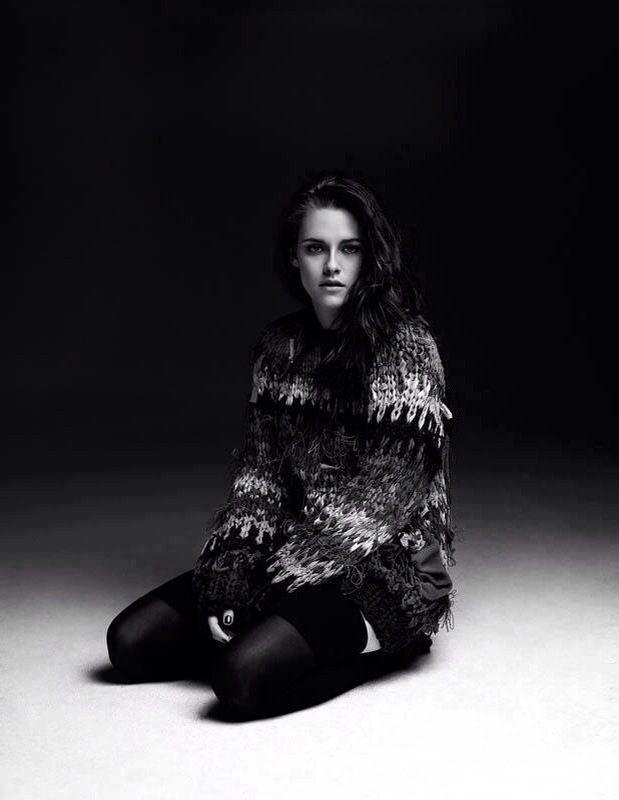 Kristen Stewart Iphone Wallpaper