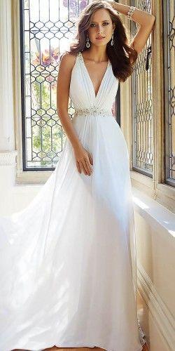 18 Preciosos Vestidos de Novia por Sophia Tolli - Bodas