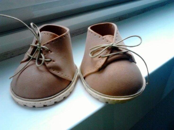 Zapatos de ante de fofucha. Monycreque taller.