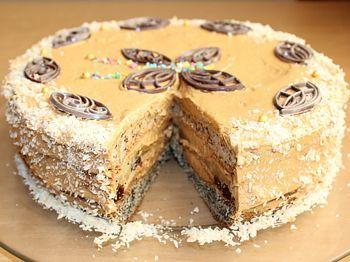торт Наташа на блюде