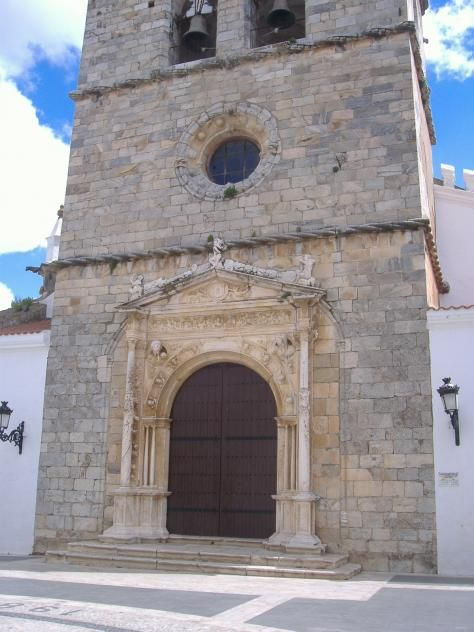 Fachada renacentista de la Iglesia de la Magdalena.
