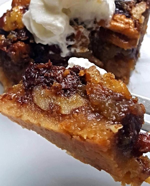 1000+ images about Desserts on Pinterest   Tiramisu cheesecake ...