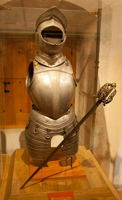 Conquistador (knight) armour and sword (16th century). On display at Centro Cultural Santo Domingo, Oaxaca, Mexico.
