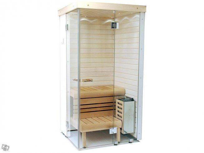Bastunyhet för riktigt små utrymmen! Nu kan du installera egen bastu i ditt badrum även om det är lite trångt. Den patenterade funktionen gör att man kan vika in lavarna och dörrarna så att bastun tar minimalt med plats när den inte används. Se den...