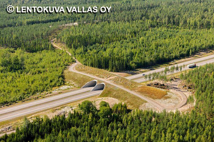 E18-moottoritie, Pyhtää Ilmakuva: Lentokuva Vallas Oy