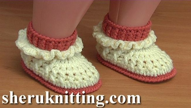 CROCHET RUFFLED BABY BOOTIES PATTERN 61 How to make baby booties https://www.sheruknitting.com/learn-to-crochet/crochet-baby-shoes/936-crochet-booties-61-3.html In this third part of the video pattern 61 I will show you how to complete these crochet ruffled baby boots. We continue working with upper part of the ruffled baby boot, in this time we are making the ruffle.