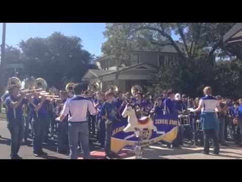 The Alamo Heights High School Band stopped by our store today for a little surprise show, thank you!