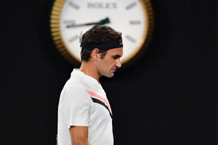 Roger Federer, convertido a sus 36 años y 6 meses en el número uno mundial más veterano de la historia, ha tenido que esperar más de cinco años para recuperar el trono del tenis mundial, que había …