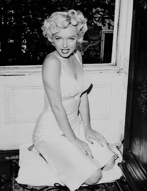 Marilyn Monroe on the set of The Seven Year Itch, 1955.