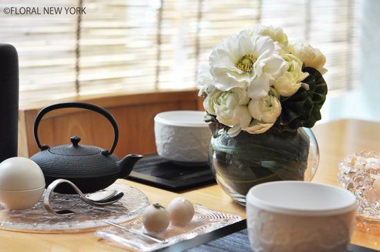 フォト:Table Decorating Ideas / Table Setting Ideas / テーブルコーディネート フラワー&テーブルスタイリング|スタイルのある暮らし It's FLORAL NEW YORK Style ~暮らしをセンスアップするフラワースタイリングで毎日を心豊かに、心地よく~ -5ページ目