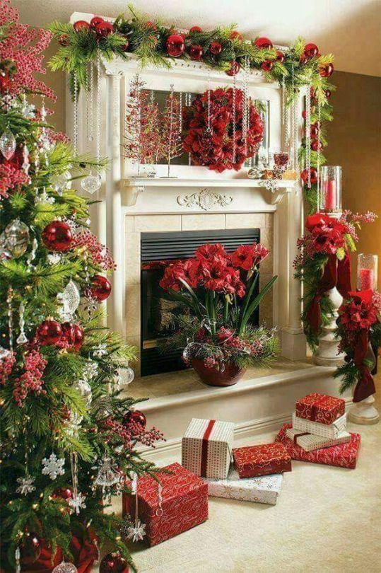 636 Best Christmas Fireplaces/Mantels Images On Pinterest | Christmas Time, Christmas  Ideas And Christmas Mantles