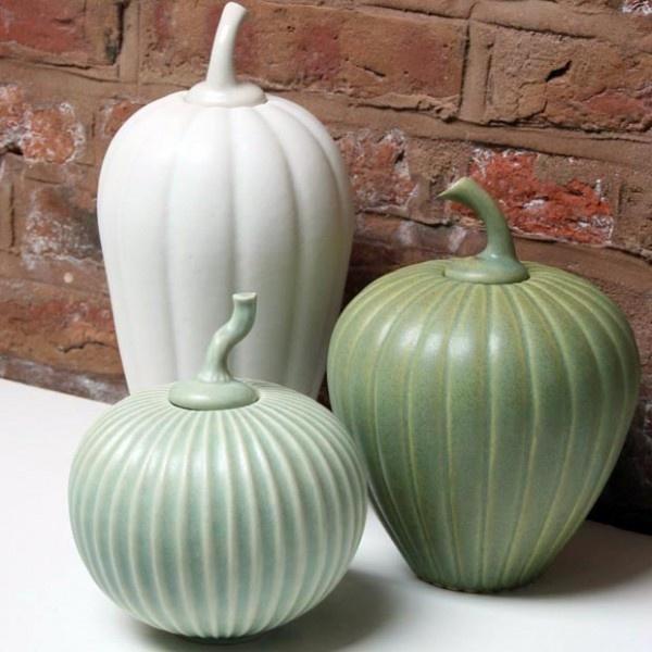 Paradisverkstan Chalk White Lidded Stoneware Gourd Pot via husandhem #Pot #Gourd #Stoneware #husandhem