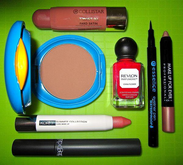 Se siete patite del make-up, non dovete più rinunciarvi neanche in spiaggia.. ecco i trucchi da provare!http://www.sfilate.it/227148/trucco-in-spiaggia-come-perche-prova-termometro