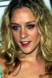 Chloe Savigny is not a cosmetic lady right now, but she would not wait for a single second if she sees any sign of aging on her skin, as for her the facial beauty is above everything