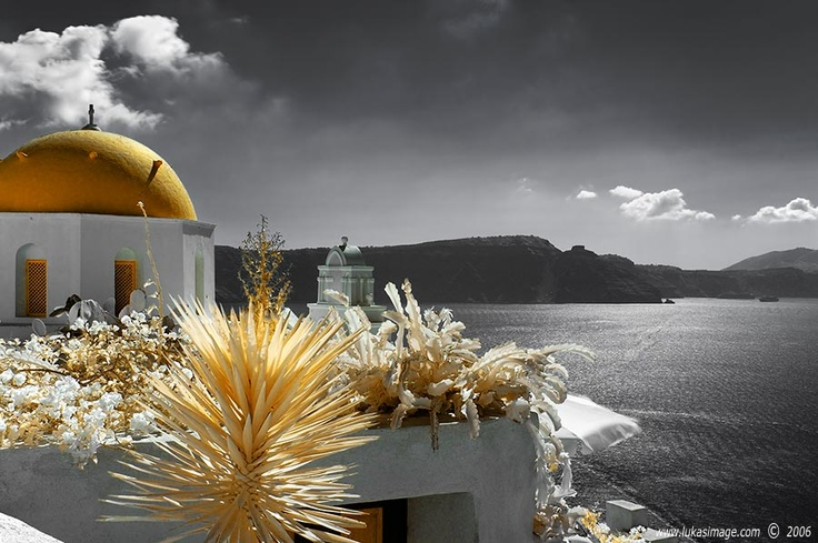 Oia, Santorini, GreeceSantorini Greece, Buckets Lists, Luka Novak, Favorite Places, Colours Splashes, Beautiful Places, Beautiful Greece, Amazing Places, Colors Splashes