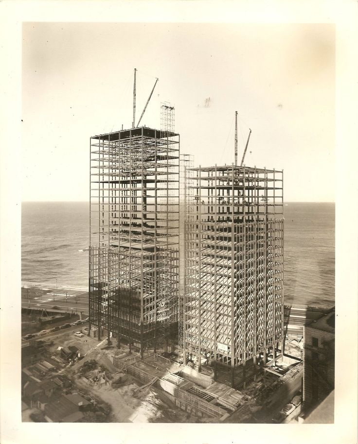 860 Lake Shore Drive, Chicago under construction in 1963 (Mies van der Rohe).