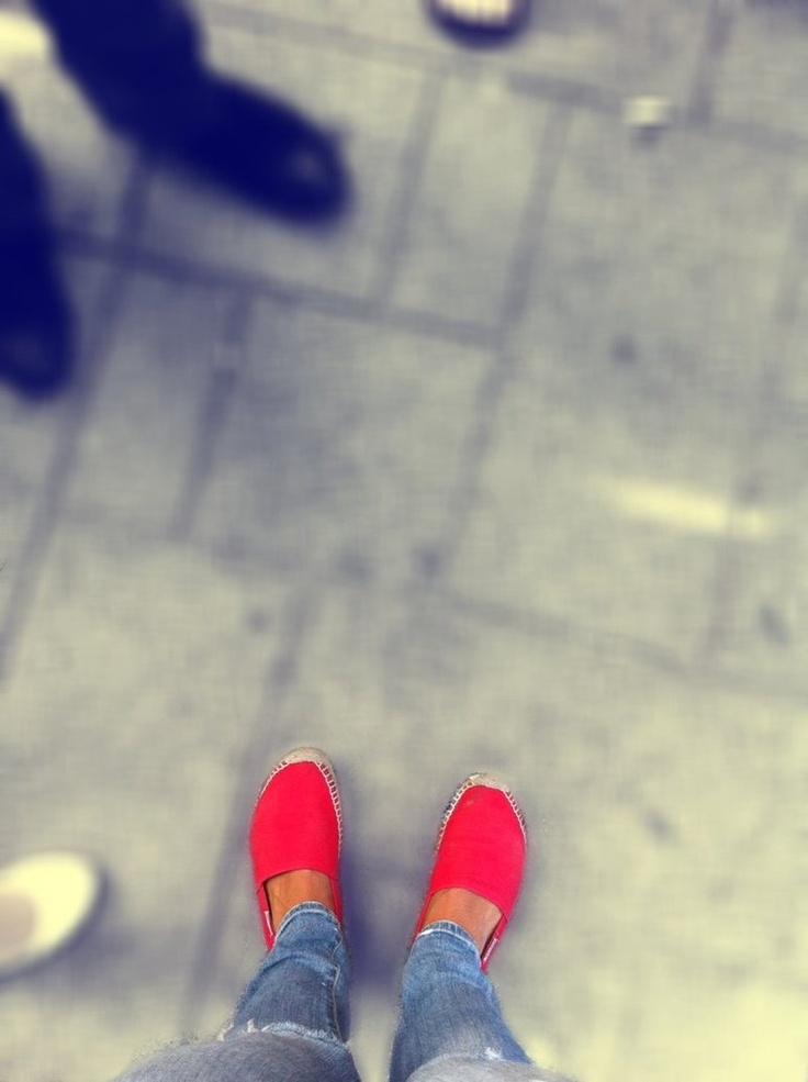 red shoes by ~rayzkodak
