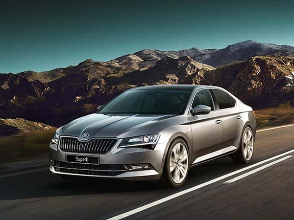 Skoda Superb Plug In Hybrid To Be Launched In 2019